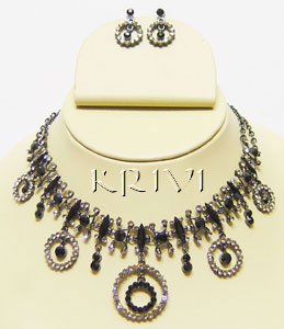 KNKS01001 Black Color Victorian Jewelry Necklace Set